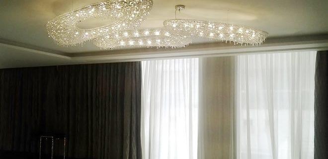 Composizione Artica – Hotel Grand Sheraton, Dubai, Manooi Crystal Chandeliers