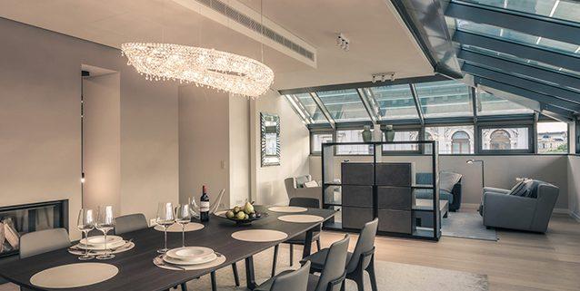 Rose in un lussuoso appartamento in Austria, Manooi Crystal Chandeliers